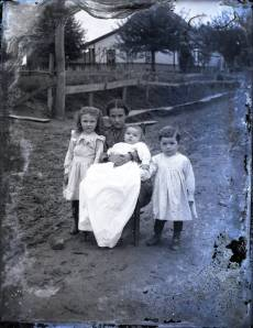 Portrait of siblings from the Albert J. Ewing Collection housed at the Ohio Historical Society.