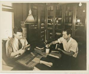 Bookbinding project in Cincinnati Public Library, Cincinnati, Ohio.  WPA work relief programs included training in library instruction.