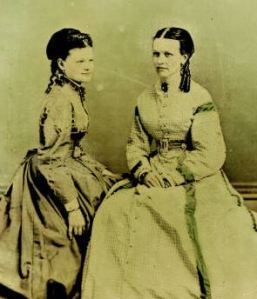 From AP 1595, Josephine Klippart and her mother, Mrs. Emeline Rahn Klippart, of Columbus.